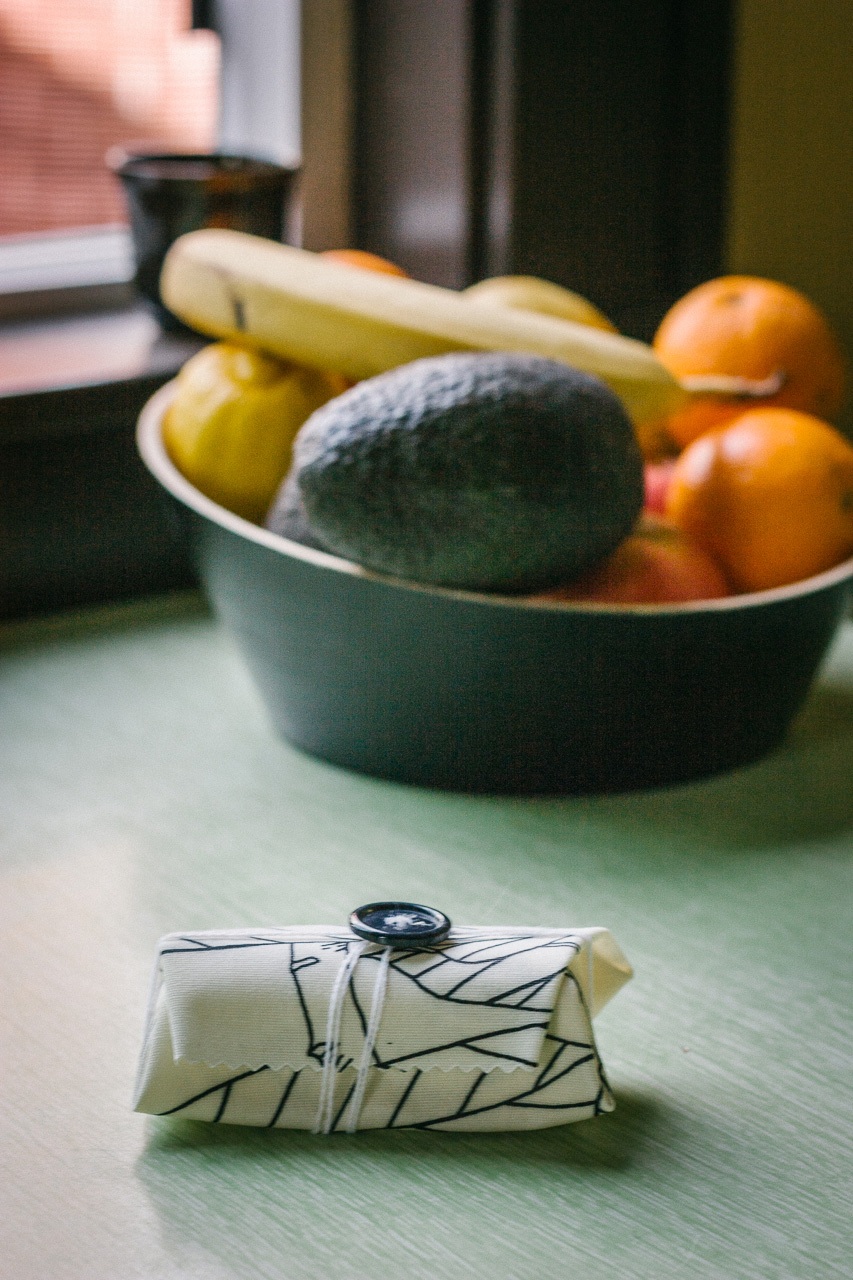 Reusable food wrap DIY by Conscious by Chloé