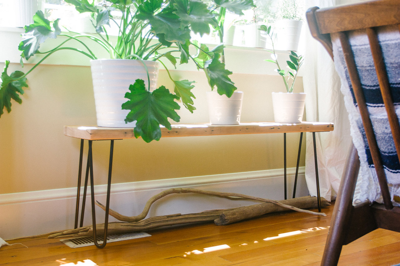 Hairpin Leg Bench DIY by Conscious by Chloé